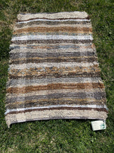 "Load image into Gallery viewer, Brown Series Handwoven Rug 25""W x 41""L"