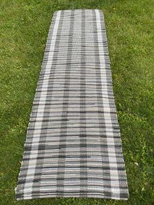"Handwoven Rug Green/ Beige Cotton 27""W x 96""L Floor Runner"