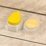 Card Deco Essentials - Pearlescent Pigment Ink - Sunflower Yellow