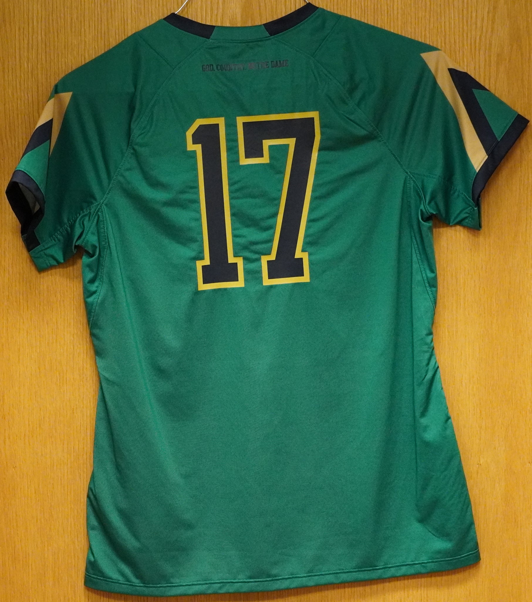 GAME WORN WOMEN'S SOCCER JERSEY #17 (Medium)