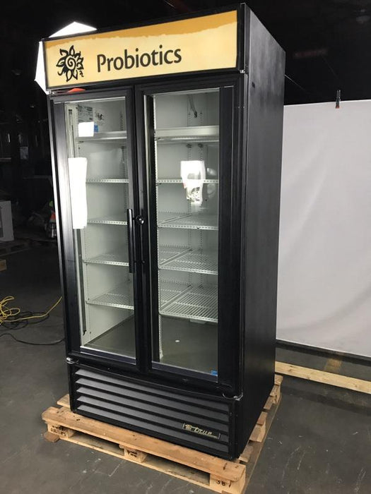 True GDM-35 Refrigerated Glass Swing Door Merchandiser