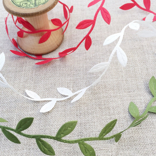 Cutout Leaf Trim Red, Green or Ivory - StitchKits Crafts