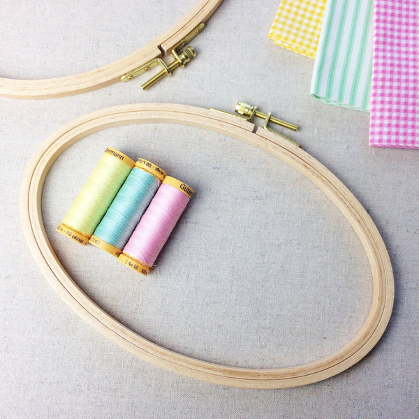 Horizontal Oval Embroidery Hoop, 21 x 14cm Embroidery Hoop - StitchKits Crafts