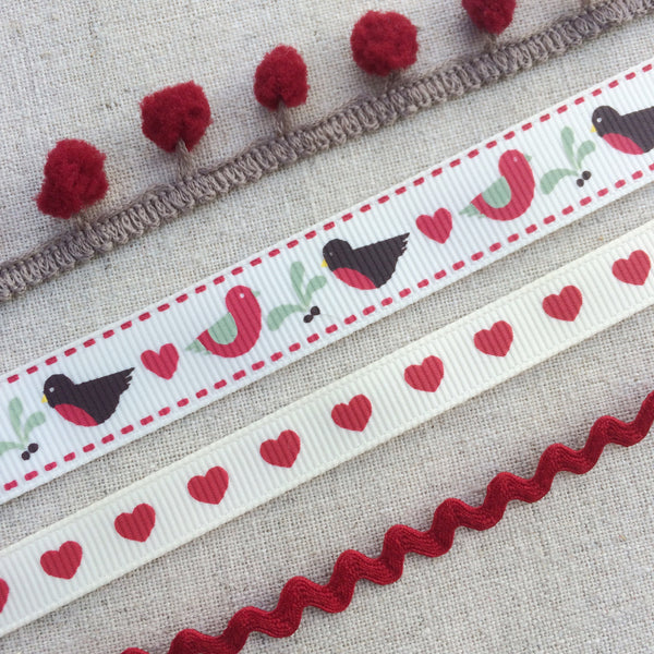 Christmas Robin, Heart and Mistletoe Ribbon Collection - StitchKits Crafts