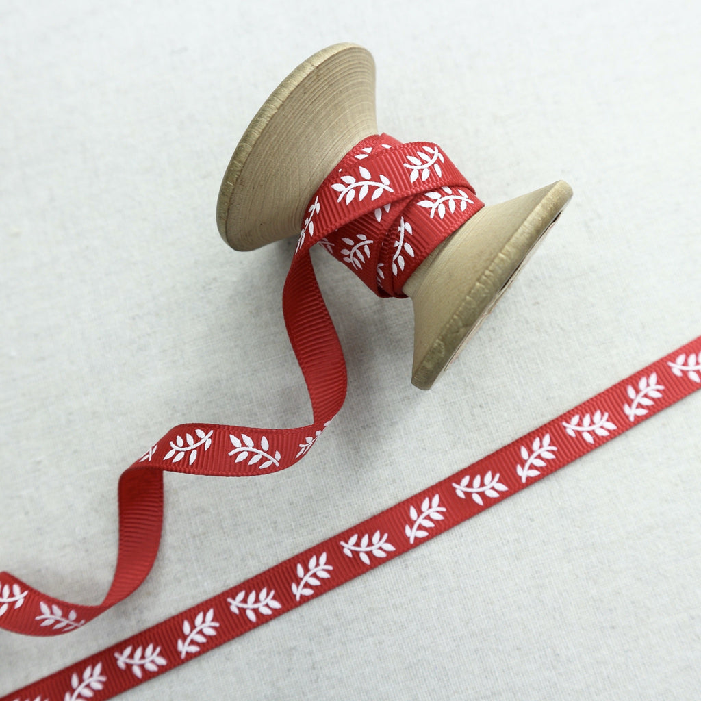 9mm red grosgrain ribbon with leaf print