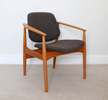 Load image into Gallery viewer, Mid Century Arne Vodder Model 188F Armchair for France & Daverkosen 1956.