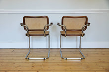"Load image into Gallery viewer, Pair of cantilevered ""Cesca"" Carver  Chairs in brown, 1980s"