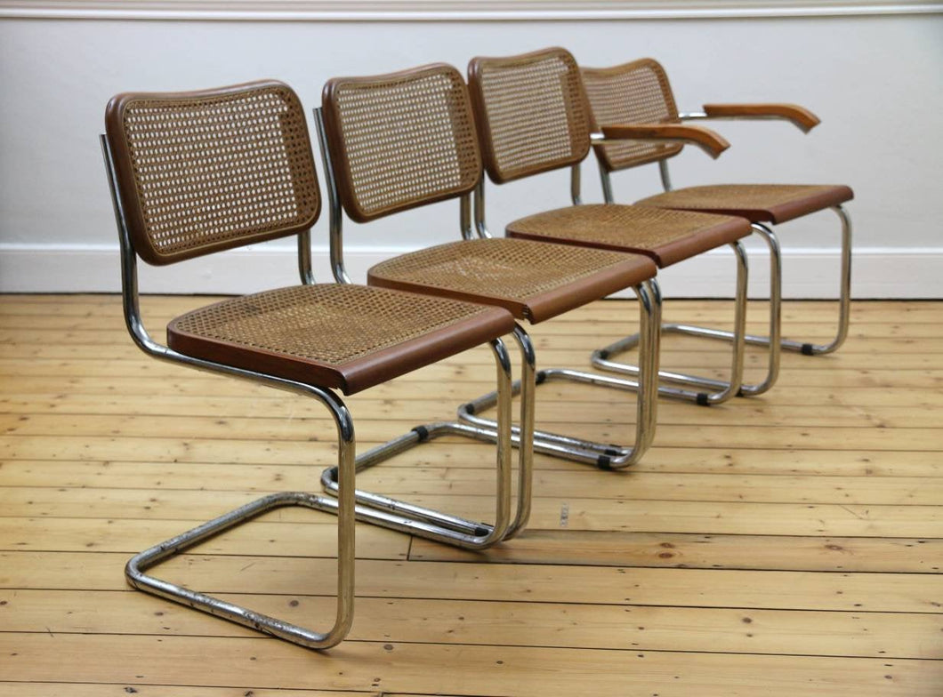 Set of 4 Brown Cantilevered Chairs in the Style of Marcel Breuer