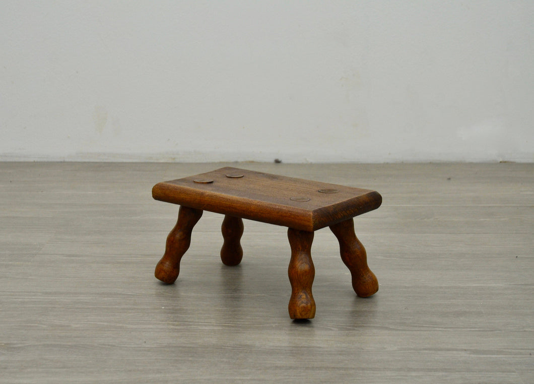 Small Bobbin Turned Foot Stool