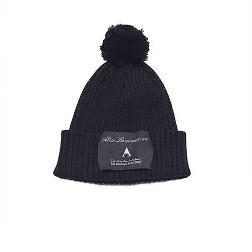 """I Dress Better Than Your Boyfriend"" Beanie Black"