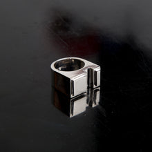 Load image into Gallery viewer, Concrete Ring N_01 Silver