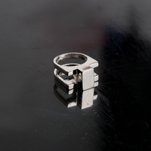 Load image into Gallery viewer, Concrete Ring N_03 Silver