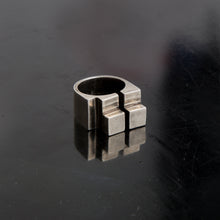 Load image into Gallery viewer, Concrete Ring N_02 Aged Silver