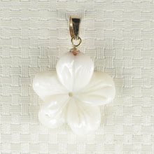 Load image into Gallery viewer, 2000710-14k-Hand-Carved-Mother-of-Pearl-Hawaiian-Plumeria-Pendant-Necklace