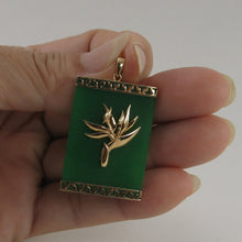 Load image into Gallery viewer, 2100763-14k-Gold-Bird-of-Paradise-Greek-Key-Green-Jade-Pendant-Necklace