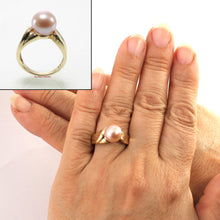 Load image into Gallery viewer, 3000034-14kt-YG-AAA-Round-Natural-Lavender-Cultured-Pearl-Solitaire-Ring