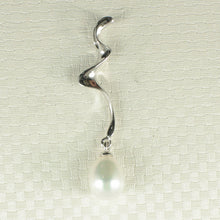 Load image into Gallery viewer, Water Flow Pendant Crafted of 7.5-8mm White Cultured Pearl & Solid Silver 925