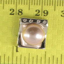 Load image into Gallery viewer, Beautiful Solid Silver 925 Cubic Zirconia & Lavender Cultured Pearl Pendant