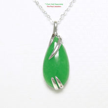 Load image into Gallery viewer, 9210193-Simple-Yet-Elegant-Beautiful-Green-Jade-Sterling-Silver-Pendant