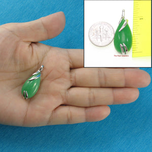 9210193-Simple-Yet-Elegant-Beautiful-Green-Jade-Sterling-Silver-Pendant