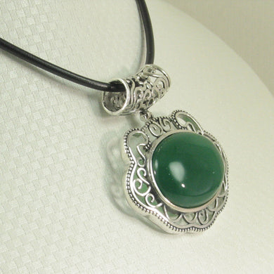 9210713-Solid-Sterling-Silver-Lucky-Lock-Design-Green-Agate-Pendant