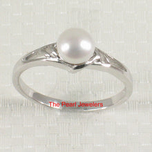 Load image into Gallery viewer, Solid Sterling Silver 925 Rhodium Finish White Cultured Pearl Solitaire Ring