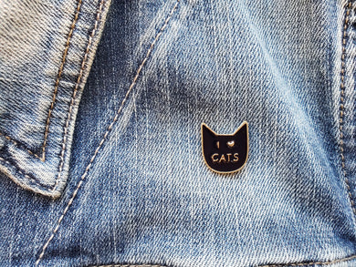 Enamel 'I love Cats' Pin