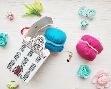 Cat Toys - Surprise Box - Parisian Dreams