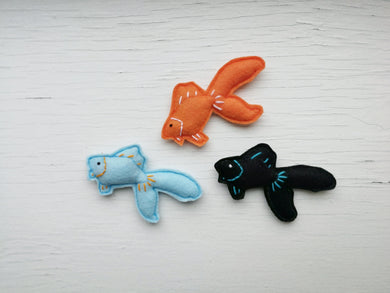 Cat Toys - Goldfish - Organic Catnip and bells - Single or Bundle