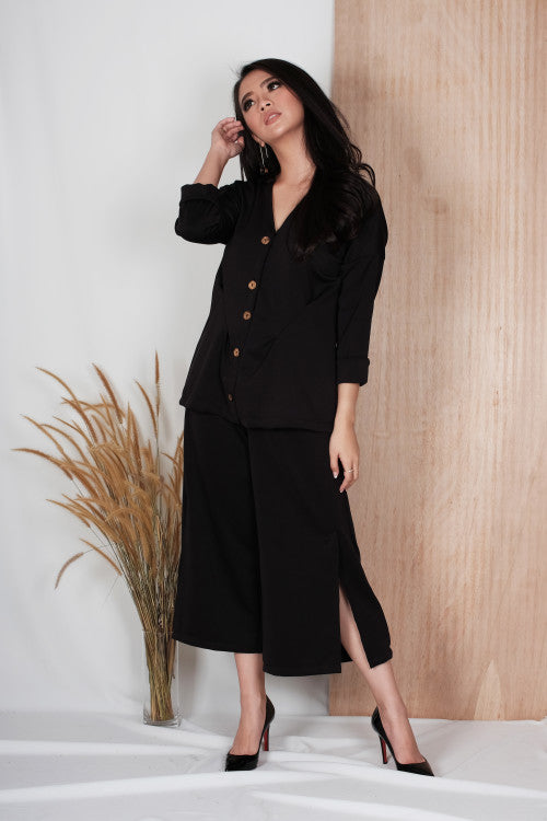 Linden Slit Cullote in Black