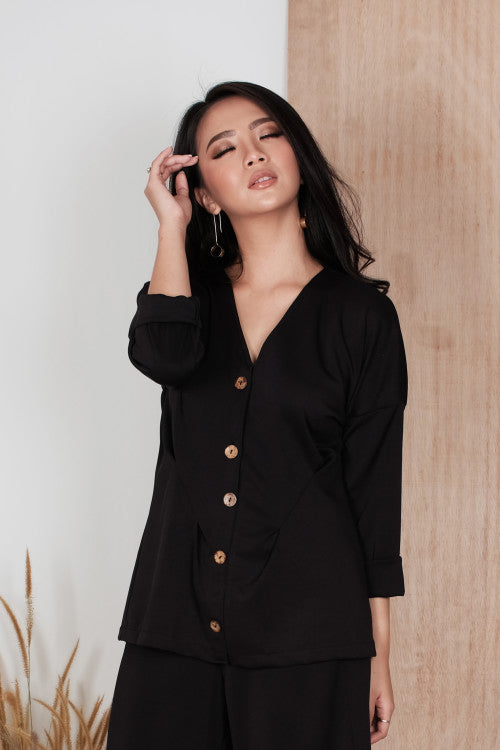 Alto Button Top in Black