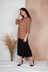 Robyn Loose Shirt in Brown