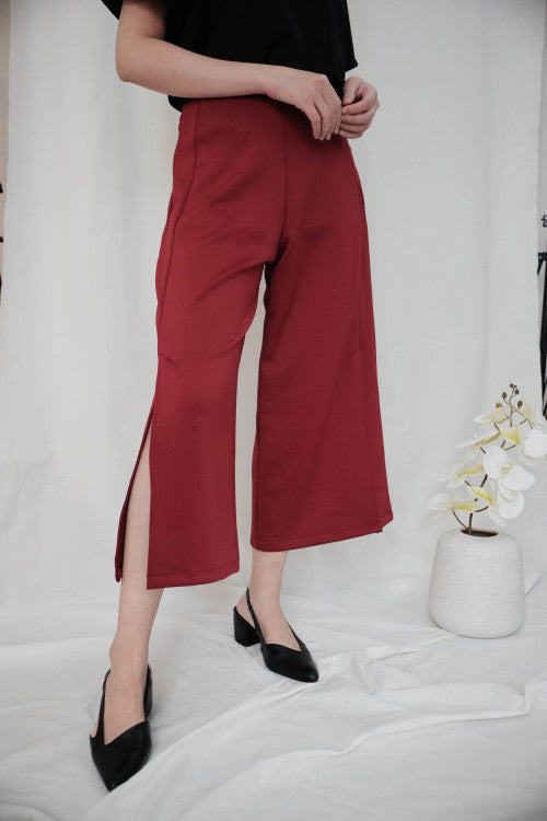 Linden Slit Cullote in Maroon