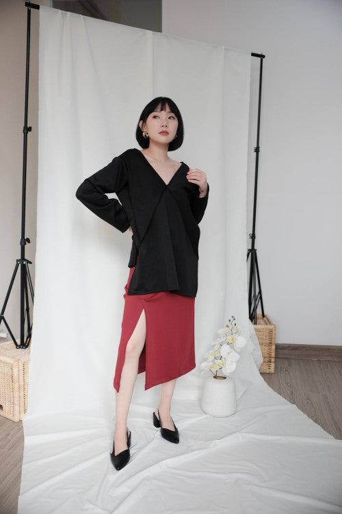 Leah Multiway Top in Black