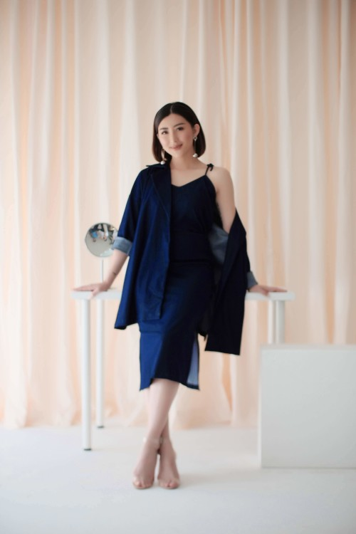 Marvey Oversized Coat in Navy= 1 PCS LEFT!