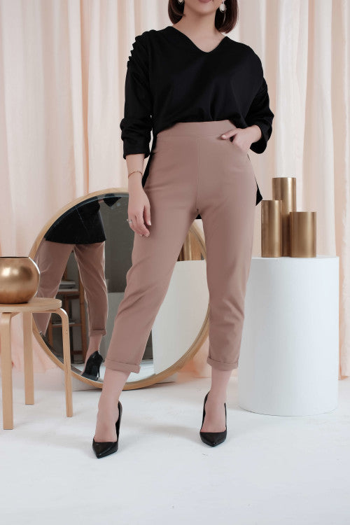 Boyfriend Pants in Milo