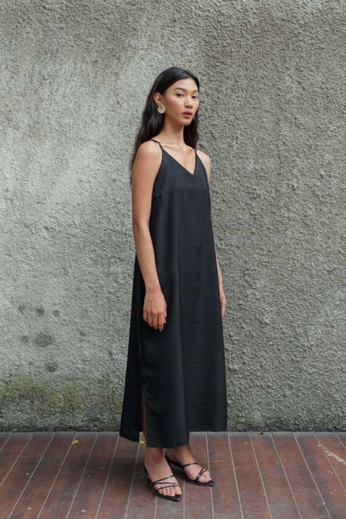 Basic Slip Dress in Black