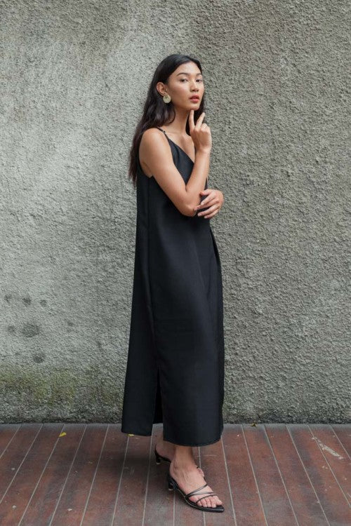 Basic Slip Dress in Black (PO 7 - 20 DAYS!)
