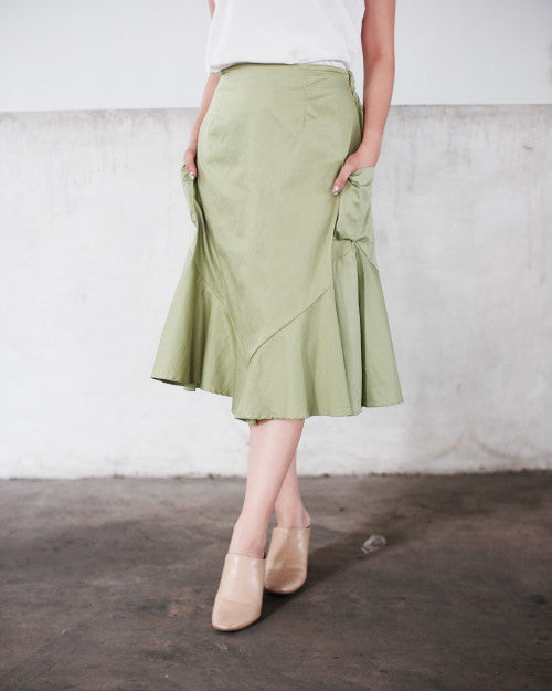 Tropic Flare Skirt in Fresh Green (READY!)