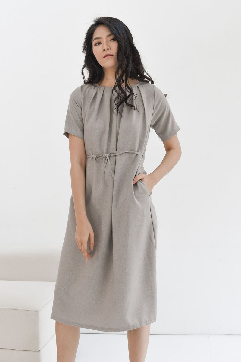 Nara Relax Dress in Taupe