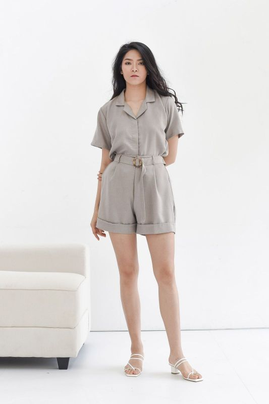 Becca Cotton Short in Taupe