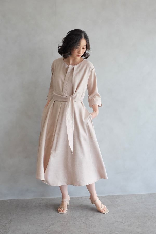 PO Taylor Midi Dress In Soft Peach (SHIP MAX BEFORE CNY)
