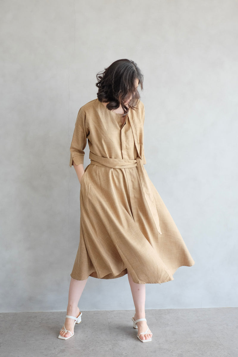 Taylor Midi Dress In Potato Yellow