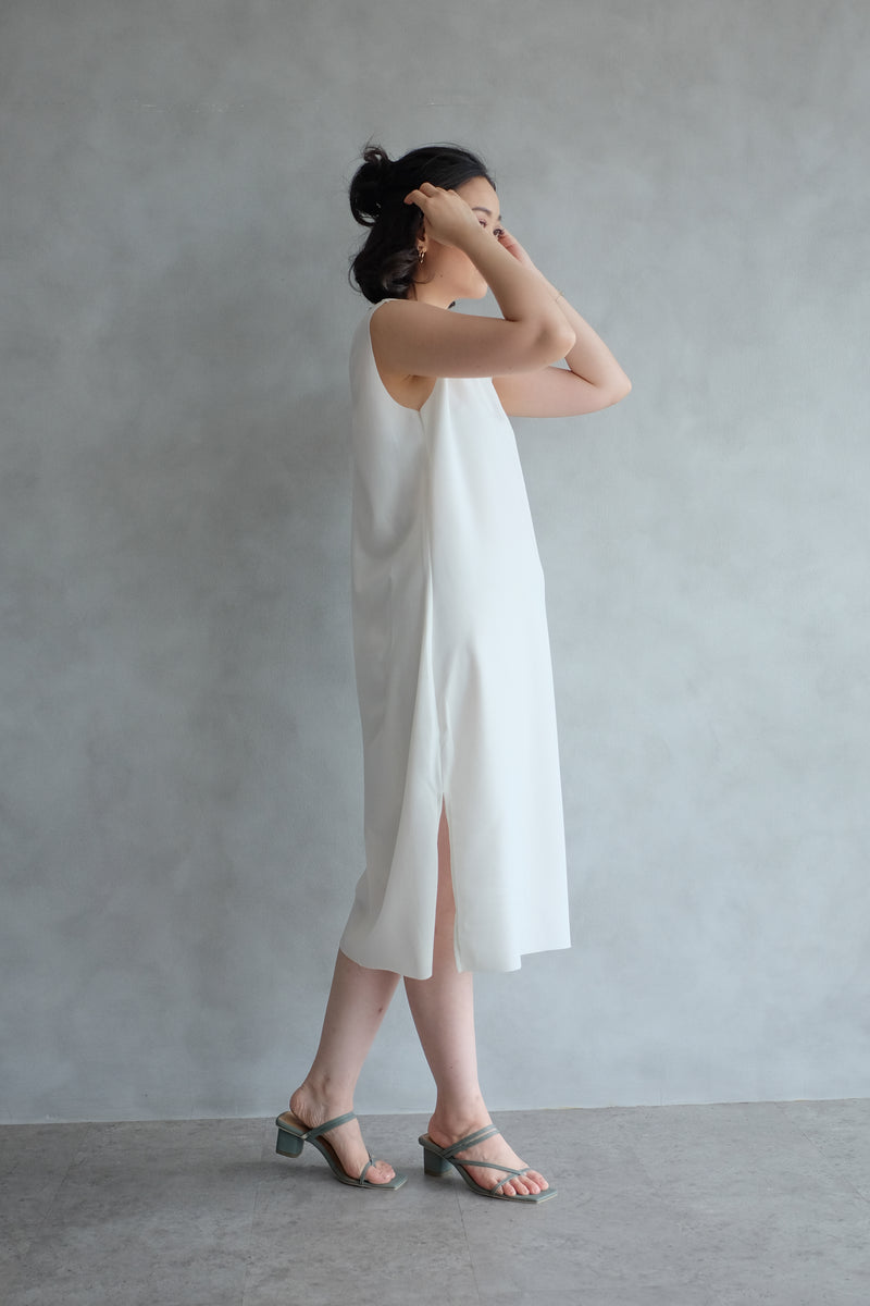 The Minimalist Dress In Pearl White