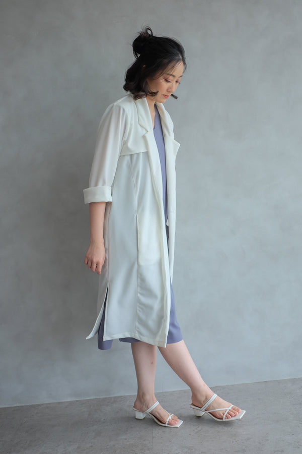 Niki Long Coat In Pearl White