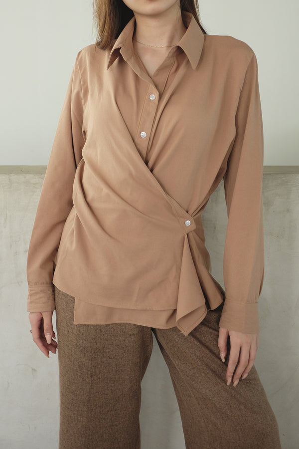 Kelly Drapery Shirt In Milo