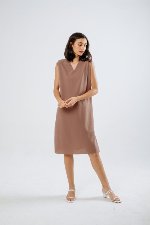The Minimalist Dress in Mauve Nude
