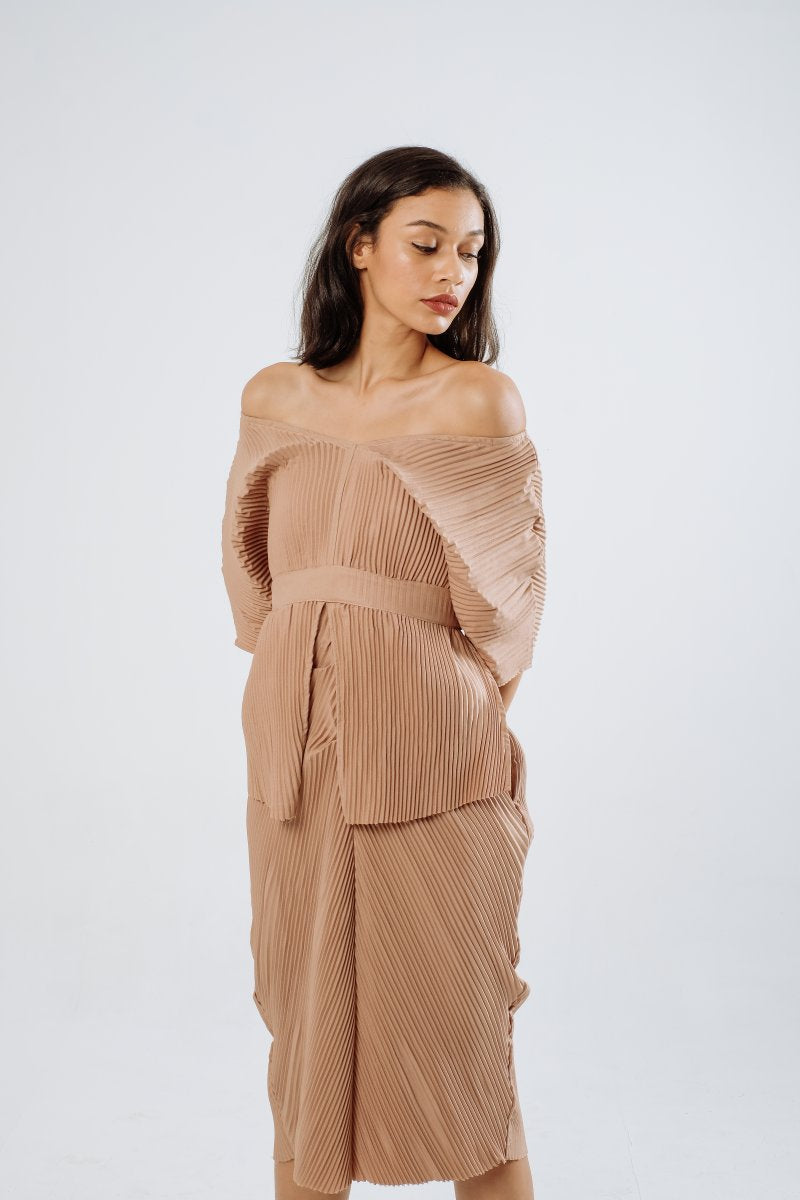 Jean Multiway Pleats Dress in Nude
