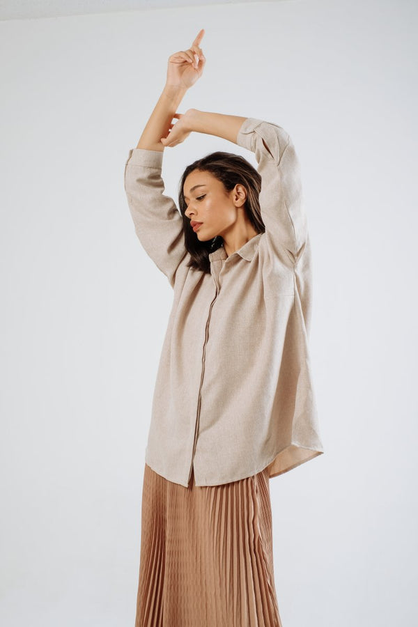 Oversized Linen Shirt in Creme