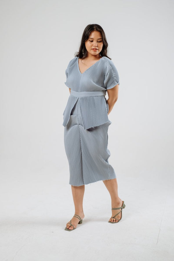 Jean Multiway Pleats Dress in Sky Blue